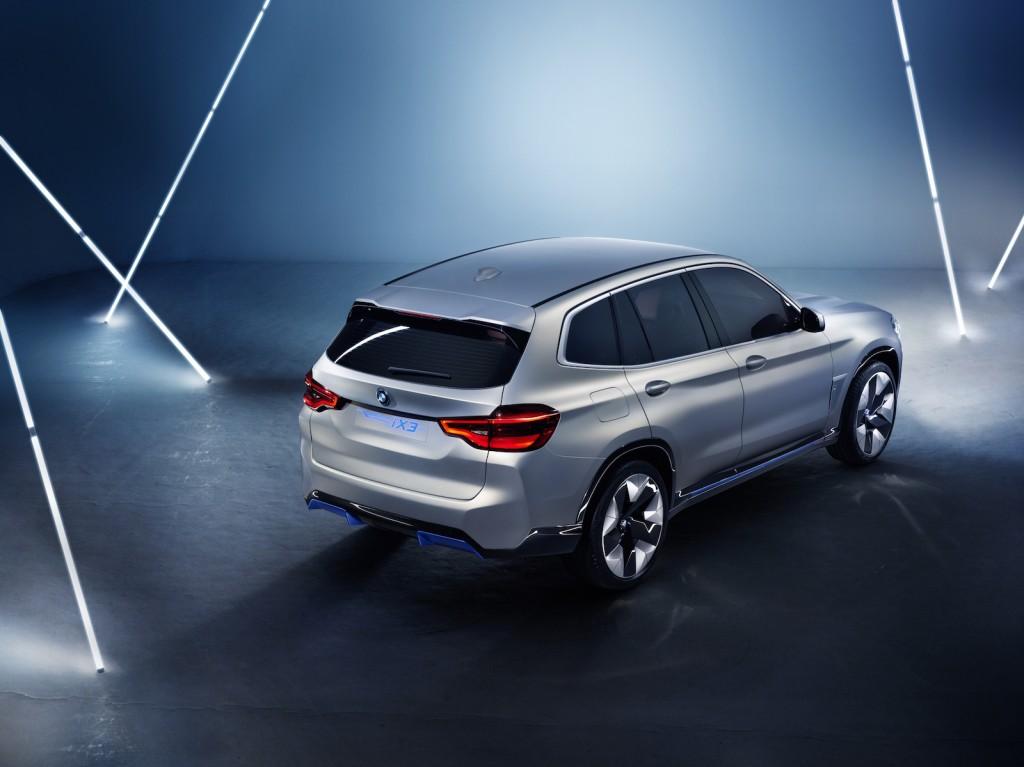 BMW iX3 back