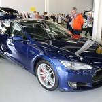 Tesla Model S Shooting Brake front